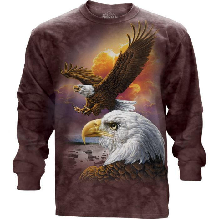 """Eagle and Clouds"" Langarm T-Shirt von The Mountain"